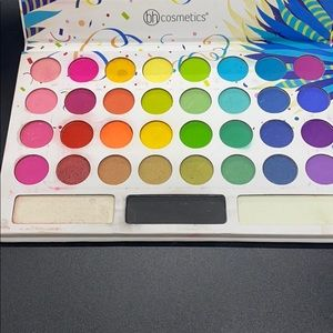 Woman's eyeshadow palette 35 colors by bh cosmetic